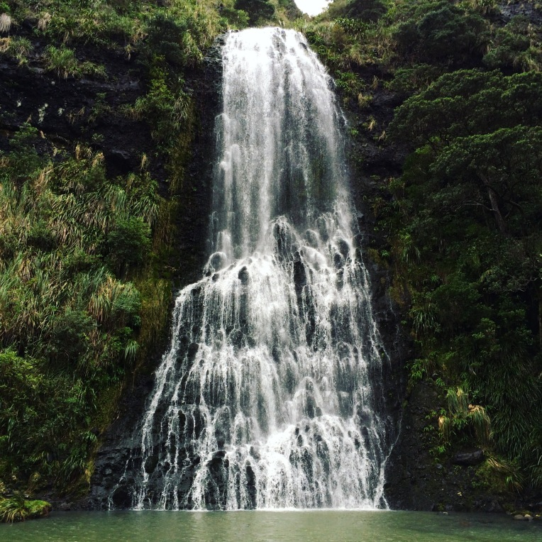 piha-waterfall