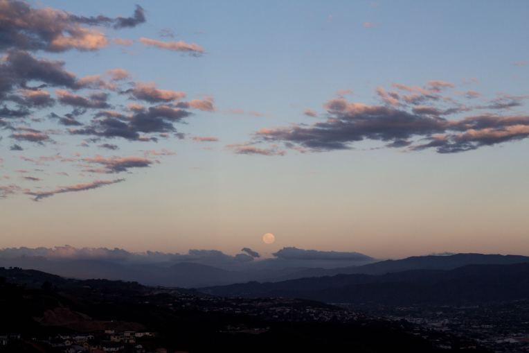 full_moon_newlands